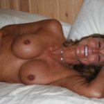 Sexe avec une femme nue cochonne du  15