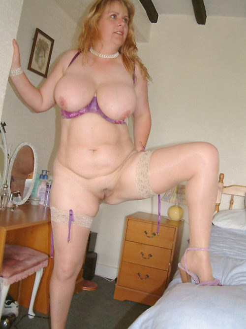 Sexe avec une femme nue cochonne du  28