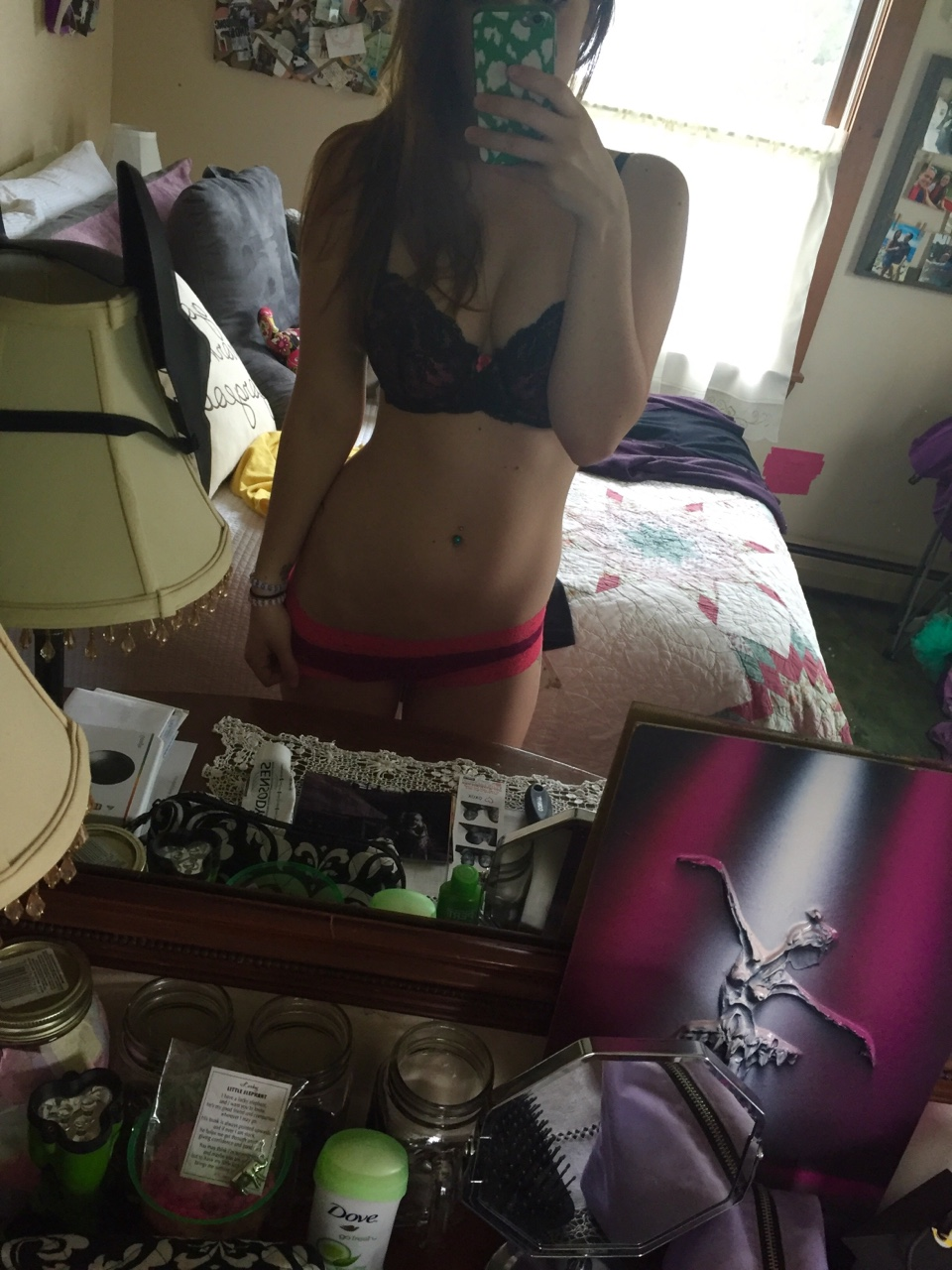 femme du 10 selfie sexy cherche son plan q
