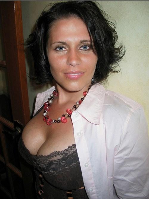 fille ultra sexy du 56 cherche plan cul