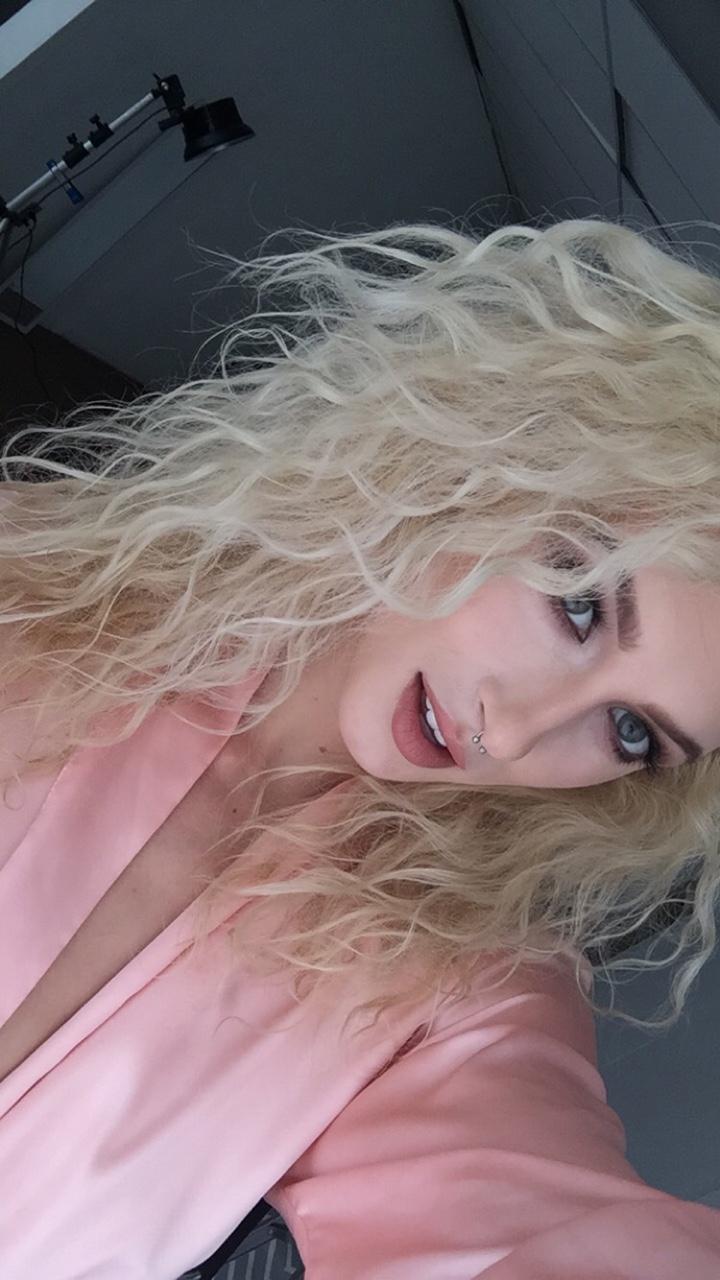 photo selfie sexy de femme du 10