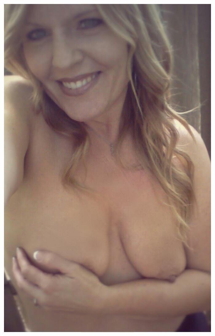 selfie coquin snap de femme hot et sexy du 53