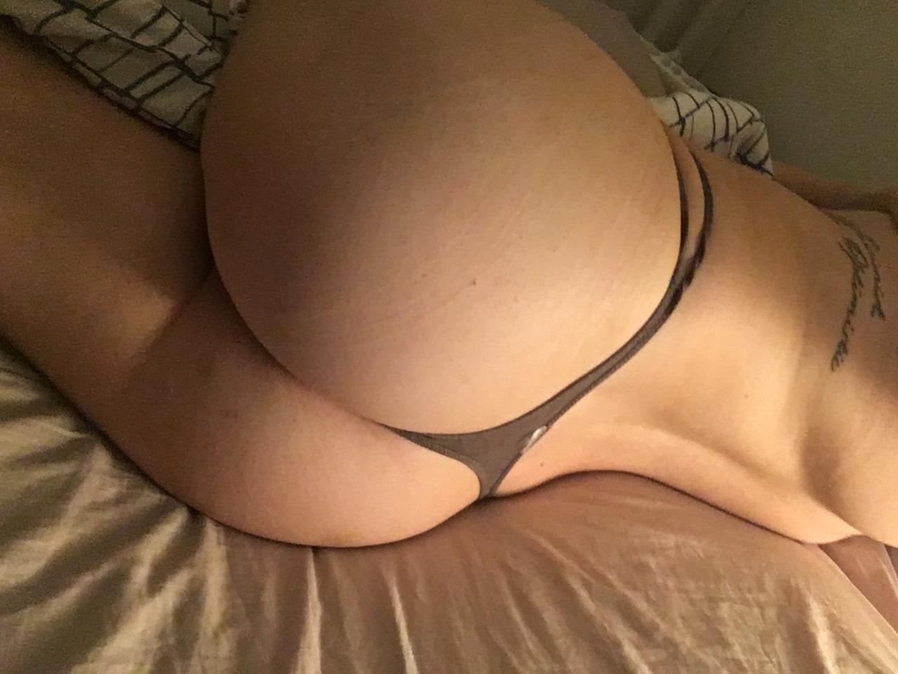 selfie erotique de femme sexy du 02 pour plan pipe