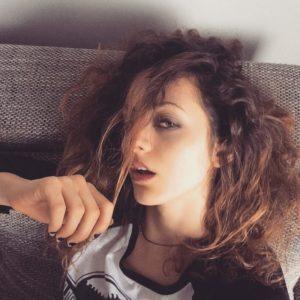 selfie erotique de fille sexy du 41 pour plan cunnilingus